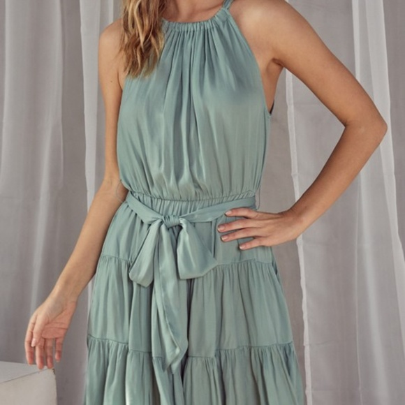 Dresses & Skirts - TIERED HALTER DRESS.